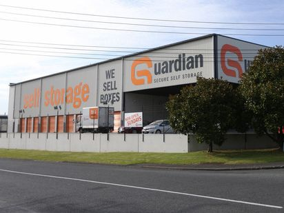 The incident occurred at Guardian Self Storage in Silverdale, Auckland.