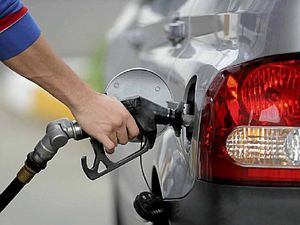 Retail petrol prices facing scrutiny in record oil low
