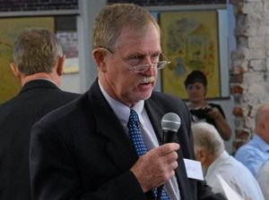 Southern Downs mayoral candidates pitch to business