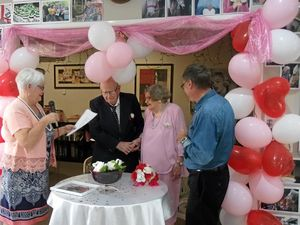 Couple celebrate lifetime love with renewal of vows