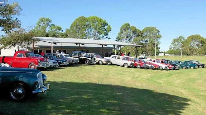 Grafton Vintage Motor Vehicle Club witnessed a record attendance for their first meeting of 2016 at new headquarters in Jabour Park.