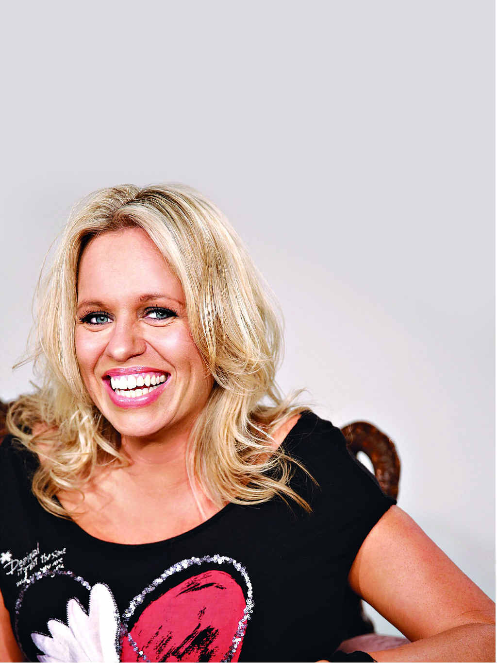 Musician Beccy Cole is touring the country this year and will perform on Cruisin Country 6.