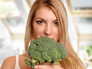 Eating vegetables while young cuts breast cancer risk