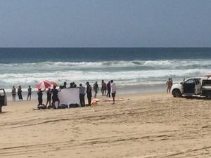 Man in his 30s drowns on Gold Coast beach
