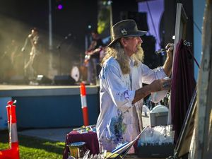 Live artist will paint bands, crowd at music festival