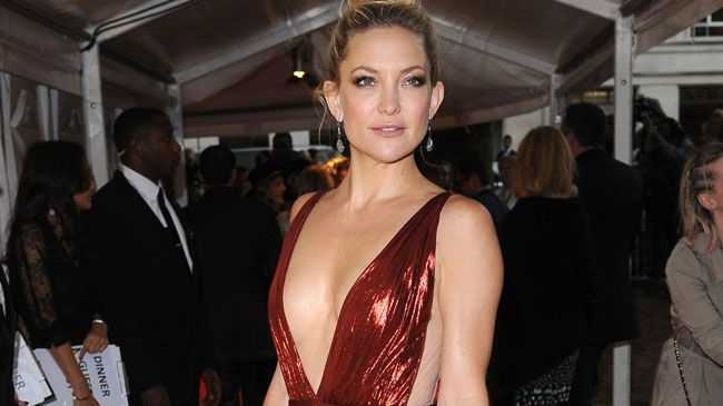 Kate Hudson says she has always loved singing and theatre.