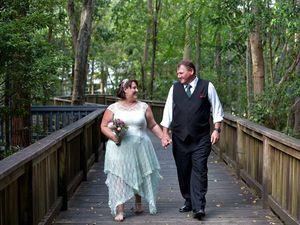 Surrprise wedding stuns the guests