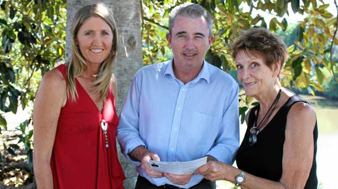 Dianne Ellis and Diane Sommer, Lyme disease sufferers, with Page MP Kevin Hogan.Photo Contributed
