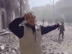 Toowoomba teen in ruins of Aleppo