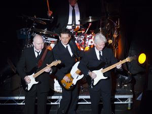 The Searchers coming to Maryborough