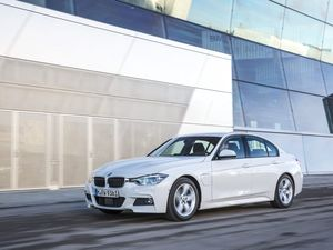 Fancy a premium hybrid? Electric BMW 3 Series and X5 coming