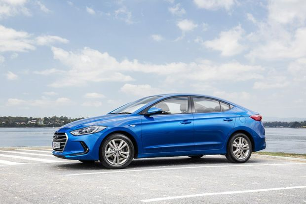 2016 hyundai elantra road test and review rural weekly. Black Bedroom Furniture Sets. Home Design Ideas