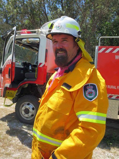 Volunteer Firefighter Wooli Feb 26 2016 copyright Tanja Ackerman