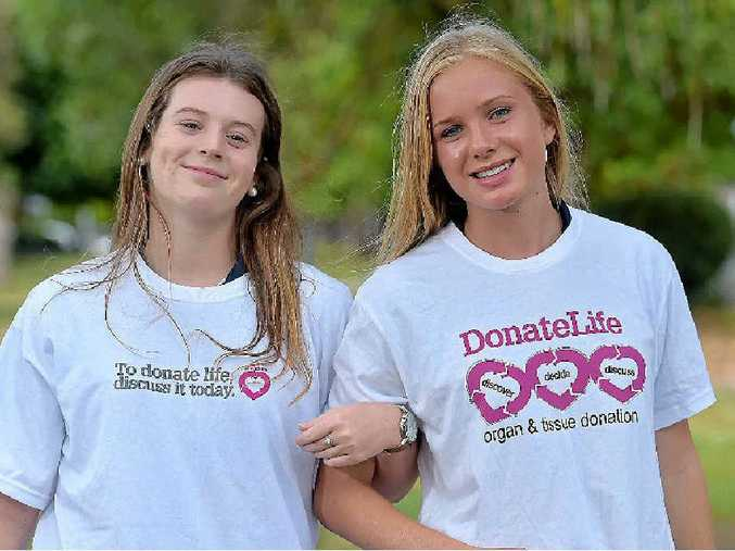 SAY YES: Elle McDonald and Chelsea Passingham, from Kawana Waters State College, are helping to promote organ donation through their Year 12 Health Education Focal Week.
