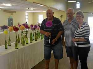 Warwick gardener wins best dahlia
