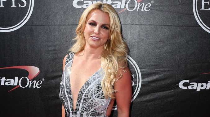 Britney Spears says it's difficult for young celebrities to deal with the limelight.