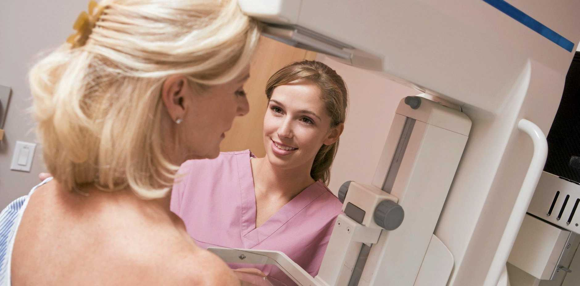 Nurse Assisting Patient Undergoing Mammogram. Photo: file/thinkstock images.