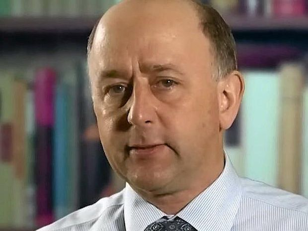 Dr David van Gend has nominated for pre-selection for the federal seat of Groom.