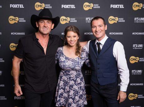 Lee Kernaghan, Bindi Irwin and Adam Brand pictured at the CMC Music Awards.