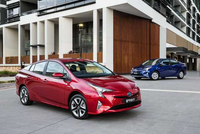 2016 Toyota Prius i-Tech (left) and Prius