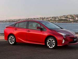 Toyota launches 2016 Prius from $34,990