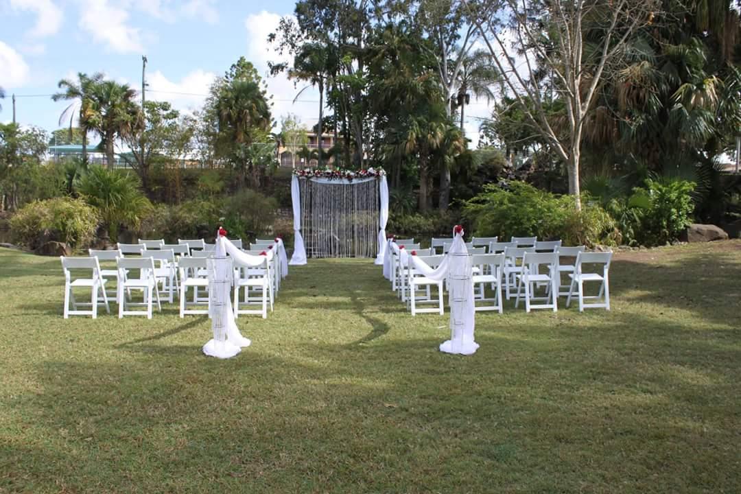 Queens Park in Maryborough is a popular wedding destination.