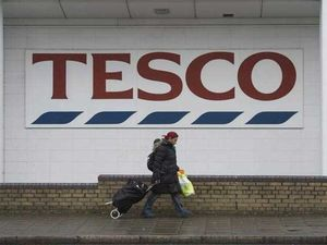 Tesco to give all unsold food to charity