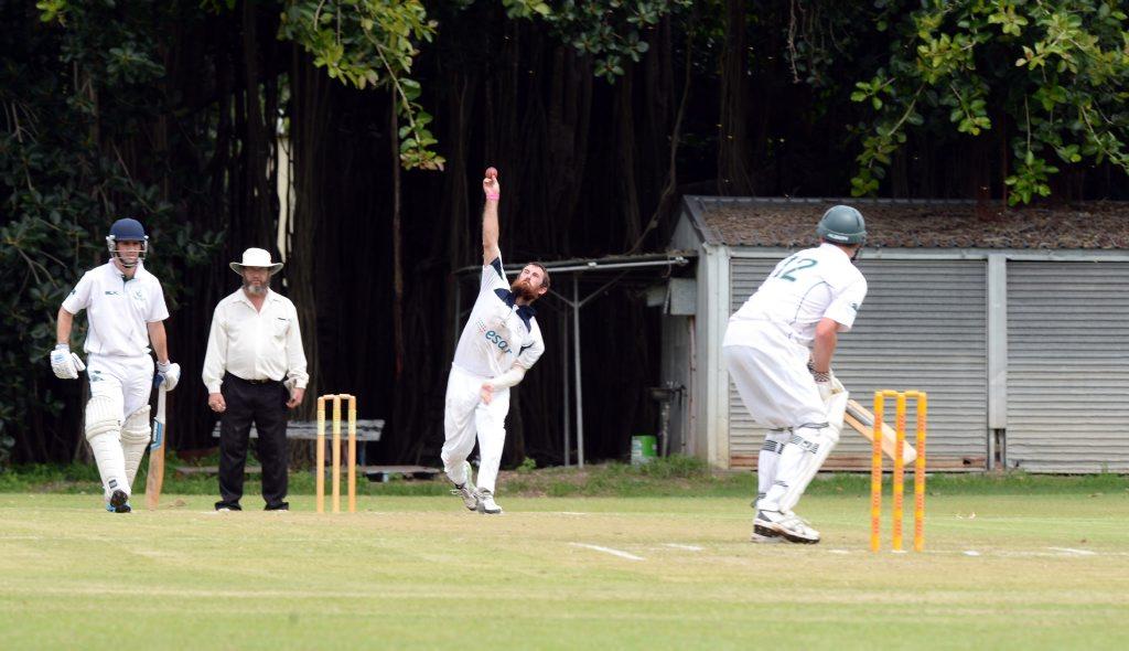 Bowler Rhys Williams lines up against batter Brock Seigerht. Photo Kelly Butterworth / Rockhampton Morning Bulletin