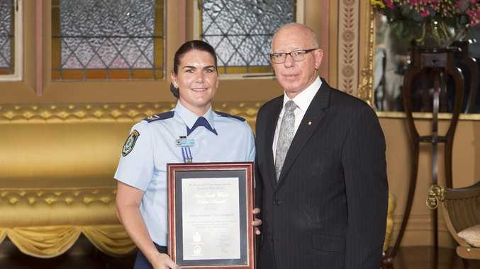 Senior Constable Vicky Bamford receiving her Royal Life Saving New South Wales 2016 Commendation Award from His Excellency General The Honourable David Hurley AC DSC (Ret'd), Governor of New South Wales.