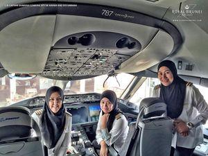 First all-female crew flies into Saudi Arabia