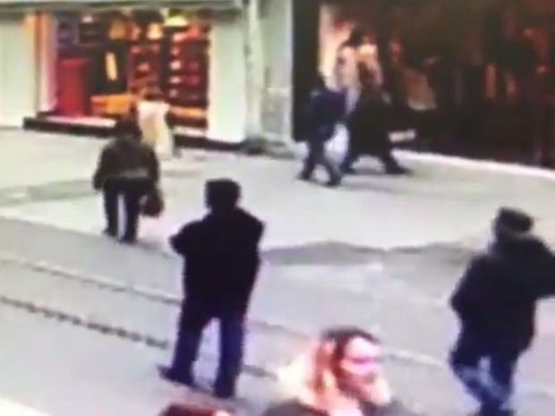 Footage showed shoppers passing down Istiklal Street seconds before the suicide bombing on 19 March