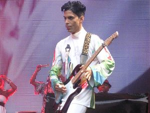 Prince to write first memoir The Beautiful Ones