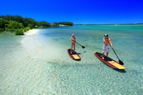 The Best Places To Try Stand Up Paddle On The Sunshine