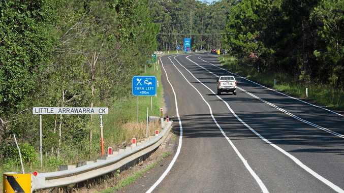 NOT COMPLETED: The bike lane markings at Woolgoolga north have no signage indicating a bike lane.