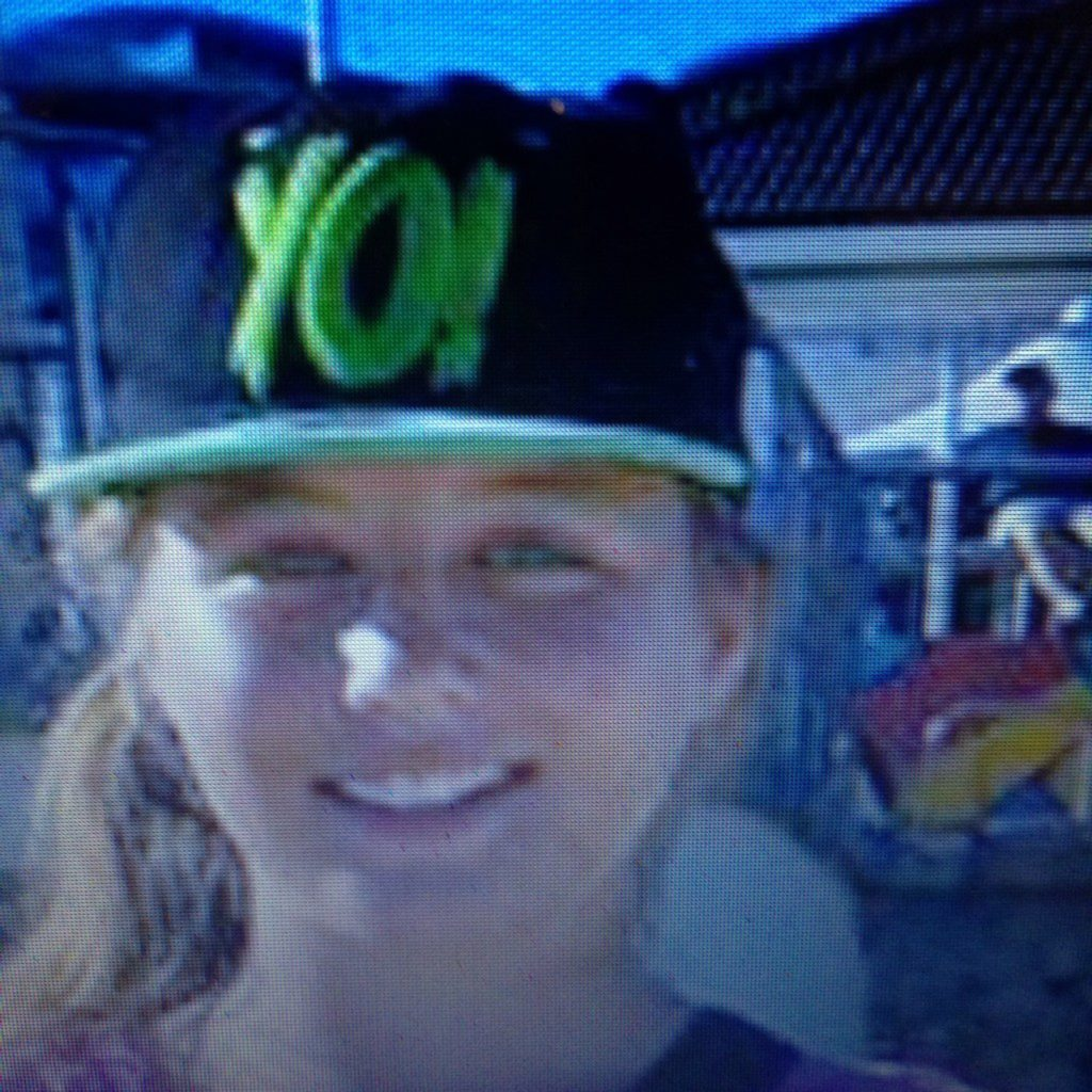 Police have released another image of missing Clermont teenager Kaitlyn Earl.