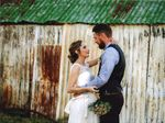 Warwick girl Natasha Roche married Brisbane lad Eden Taylor in a rustic elegance-themed wedding at Cherrabah Homestead on October 10.