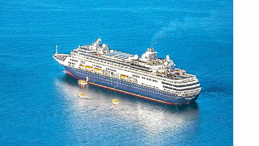 On a cruise several years in the making, the first ship-load of Pacific Aria passengers has toured World Heritage-listed Fraser Island.