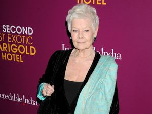 Judi Dench sets Oliviers record