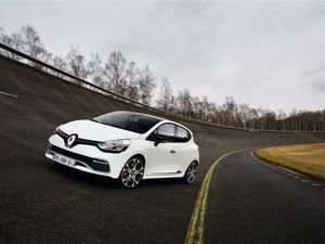 He said/She said: Reviewing the Renault Clio RS Trophy