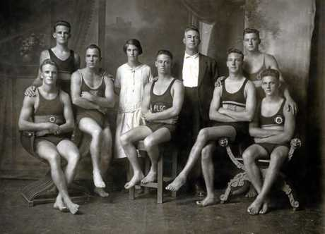 Queensland Amateur Swimming Association northern tour, April 1925. Standing W. Burnup, Cooper, V. McGregor-Lowndes (Manager) and R. Grier. Seated J. Suosaari (Maroochydore), Sid Springfield, Frank Venning, E. Colquhoun and Tom Boast.