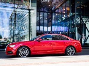 Audi A4 2.0 TFSI quattro road test and review