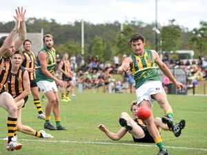 Former Lion takes place for Roos
