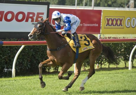 Crack Me Up ridden by Jeff Lloyd wins the Moore Trailers Dalrello Stakes on Weetwood day.