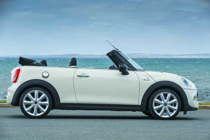 2016 Mini Cooper S Convertible. Photo: Mark Bean