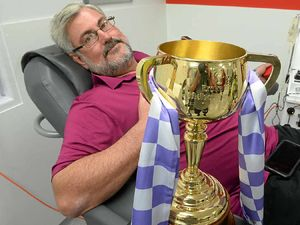 Melbourne Cup makes an appearance at blood clinic