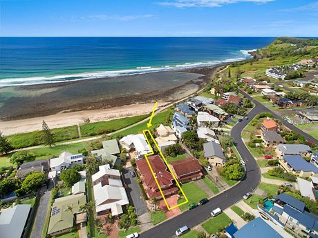 This home, at 2/38 Allens Pde, Lennox Head, is being marketed by LJ Hooker Lennox Head.