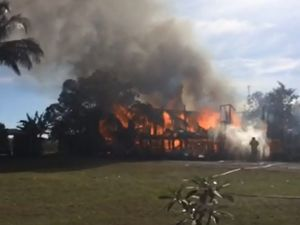 Flames engulf Fairydale Rd home