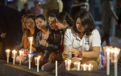 Riju Pun at the candlelight vigil
