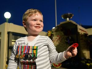 ANZAC DAY: Gympie commemorates at dawn