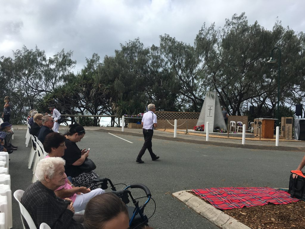 The crowd begins to gather for the Kawana service.